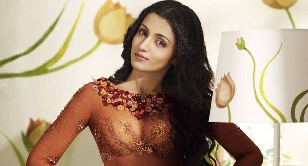 Trisha's great start on Sandalwood with Dookudu remake
